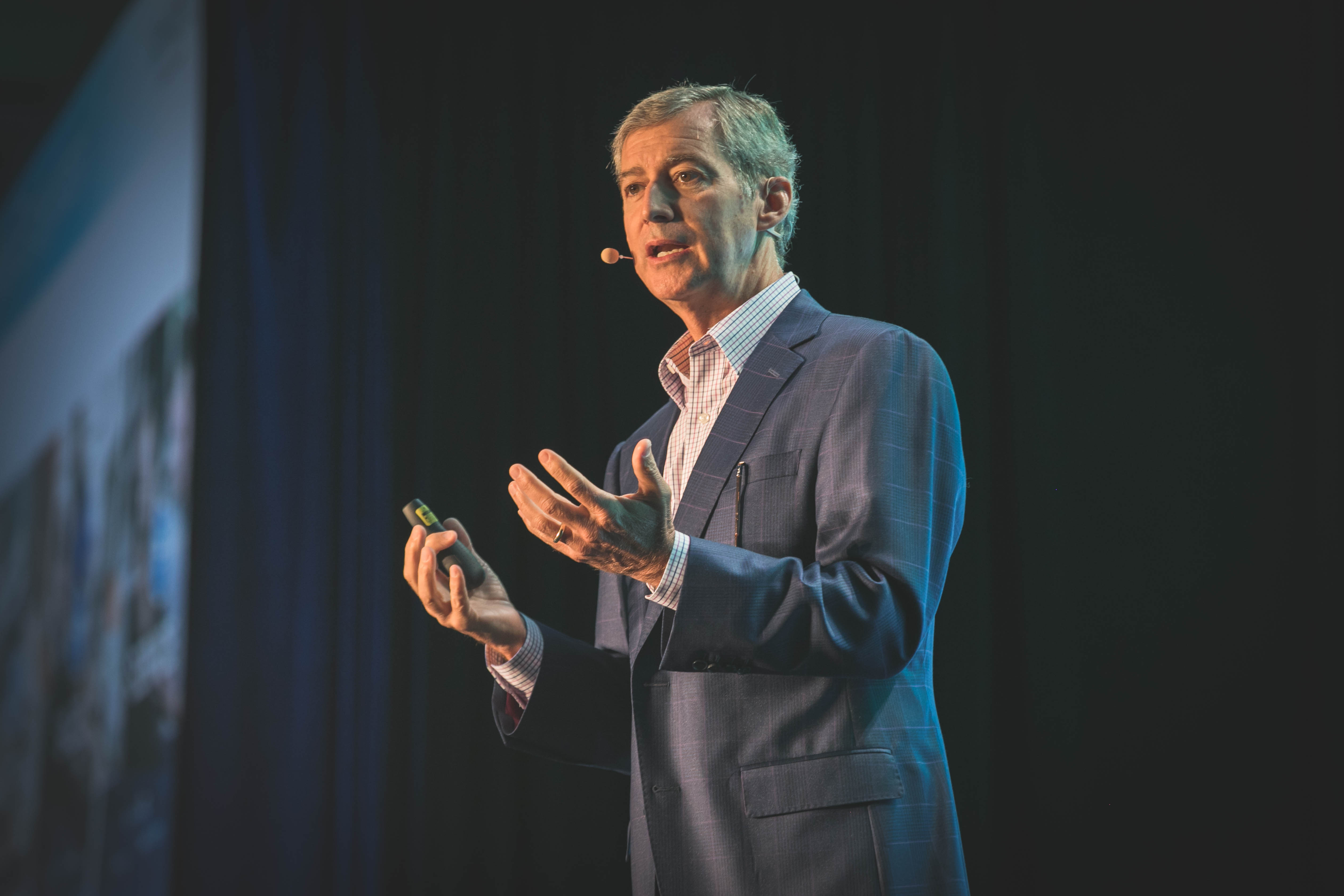 Cox Automotive Executive Vice President and Chief Operating Office Mark O'Neil delivers a keynote address on the future of connected retail for the company and the industry.